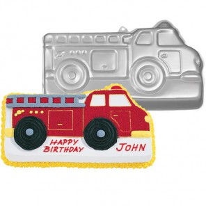 Пожарная машина Форма для выпечки металлическая Wilton ( Вилтон )