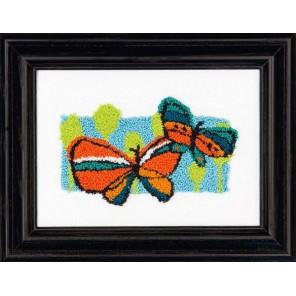 Весенние бабочки Набор для вышивания Продергивание Dimensions