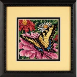 Бабочка на циннии Набор для вышивания Гобелен Dimensions