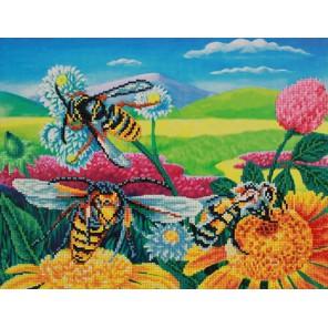 Пчелы и клевер Алмазная частичная вышивка мозаика Color Kit | Алмазная вышивка купить