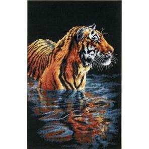 Купающийся тигр 35222 Набор для вышивания Dimensions ( Дименшенс )