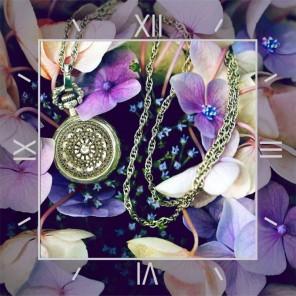 Время цветов Часы Алмазные на подрамнике с полной выкладкой Color Kit
